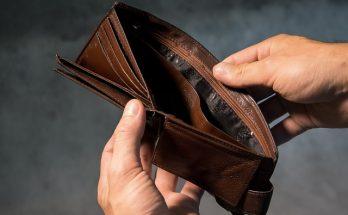 Quedarse sin dinero en el extranjero